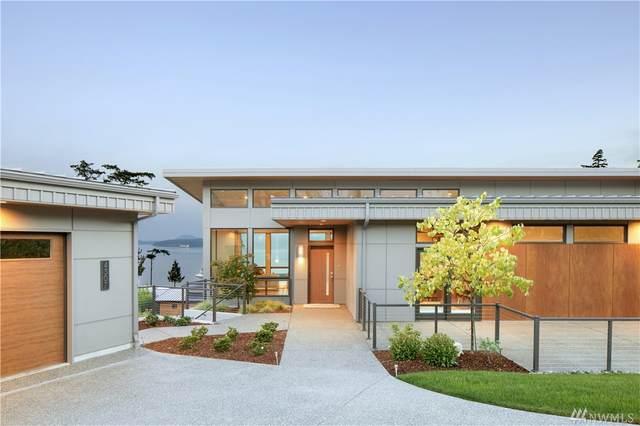 4307 Navigator Lane, Anacortes, WA 98221 (#1585632) :: Ben Kinney Real Estate Team