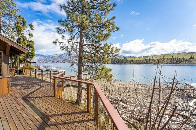 11990 S Lakeshore Dr, Chelan, WA 98816 (#1585762) :: Northwest Home Team Realty, LLC