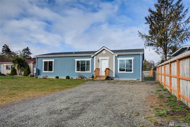 613 Duck Lake Dr NE, Ocean Shores, WA 98569 (#1586044) :: Keller Williams Realty