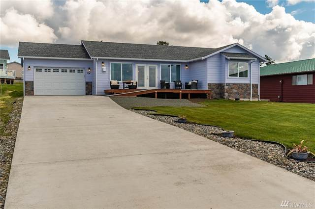 714 Palisades Dr, Coupeville, WA 98239 (#1586356) :: The Kendra Todd Group at Keller Williams