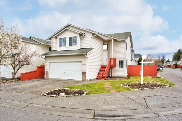 8327 6th Place SE, Lake Stevens, WA 98258 (#1586446) :: Northern Key Team