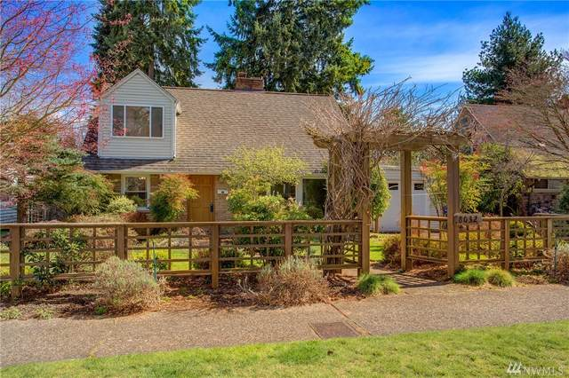 8032 42nd Ave NE, Seattle, WA 98115 (#1586709) :: Lucas Pinto Real Estate Group