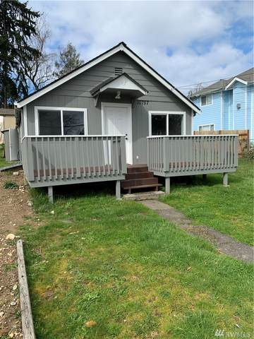 10757 18th Ave SW, Seattle, WA 98146 (#1586733) :: The Kendra Todd Group at Keller Williams