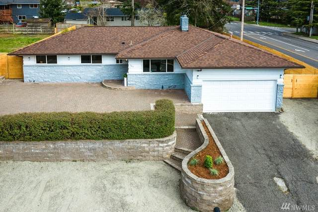 2104 SW 326th St, Federal Way, WA 98023 (#1586895) :: Mary Van Real Estate