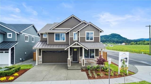 135 Love St, Enumclaw, WA 98022 (#1587279) :: McAuley Homes