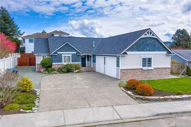 4411 San Juan Ave, Anacortes, WA 98221 (#1587622) :: Ben Kinney Real Estate Team