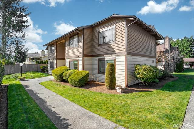 741 143rd Ave NE #24, Bellevue, WA 98007 (#1587729) :: Ben Kinney Real Estate Team