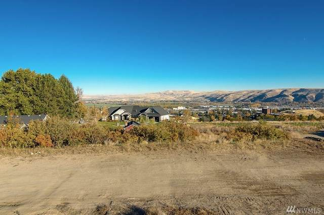 607 Vista Del Sol, Selah, WA 98942 (#1587845) :: Center Point Realty LLC