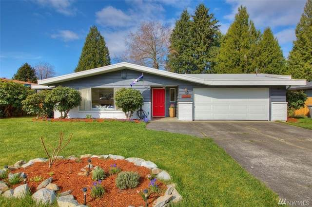 17819 110th Ave SE, Renton, WA 98055 (#1588016) :: Real Estate Solutions Group