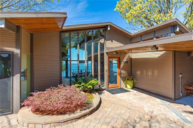 2665 SW 151st Place, Seattle, WA 98166 (#1588491) :: The Kendra Todd Group at Keller Williams