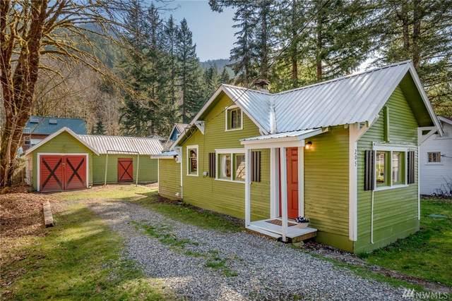 205 Old Cascade Hwy E, Skykomish, WA 98288 (#1588881) :: The Kendra Todd Group at Keller Williams