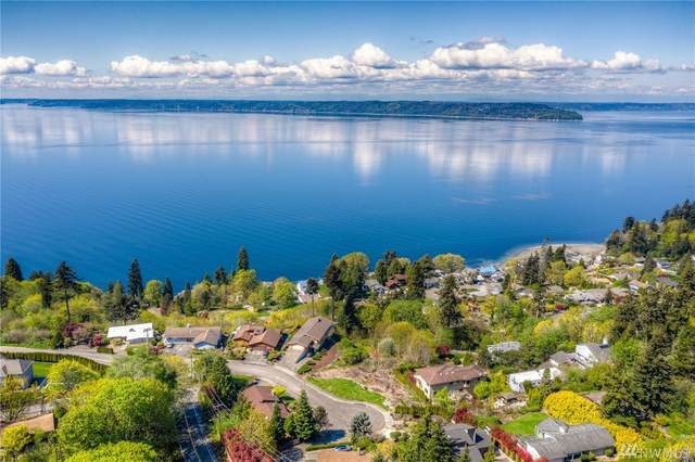 273 10th Place S, Des Moines, WA 98198 (#1590665) :: The Kendra Todd Group at Keller Williams