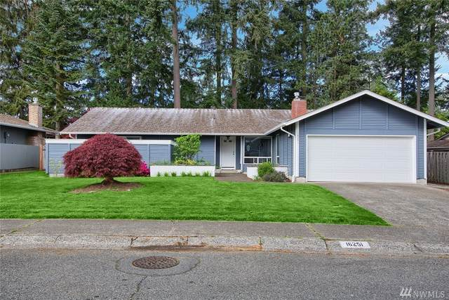 16251 141st Ave SE, Renton, WA 98058 (#1591429) :: KW North Seattle