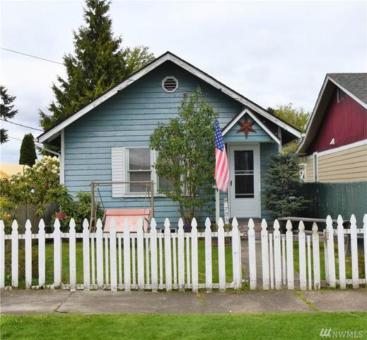 706 3rd St SW, Puyallup, WA 98371 (#1591887) :: Real Estate Solutions Group