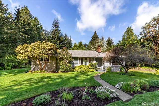 561 Madrona Dr NE, Bainbridge Island, WA 98110 (#1594429) :: Real Estate Solutions Group