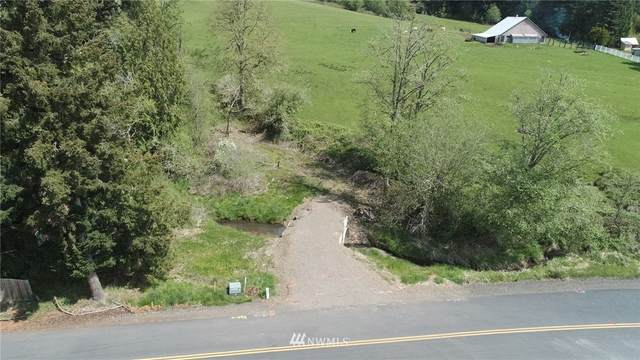 702 N Maple Hill Road, Kelso, WA 98626 (#1594913) :: The Kendra Todd Group at Keller Williams