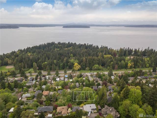 8000 45th Ave SW, Seattle, WA 98136 (#1594978) :: KW North Seattle