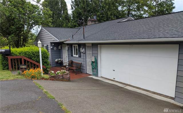 9019 14th Ave SW, Seattle, WA 98106 (#1595417) :: NW Homeseekers