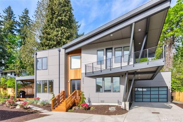 2841 Bellevue Wy SE, Bellevue, WA 98004 (#1595707) :: Ben Kinney Real Estate Team