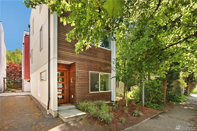 4148 25th Ave SW A, Seattle, WA 98106 (#1595814) :: The Kendra Todd Group at Keller Williams
