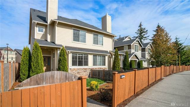 1500 145th Place SW B, Lynnwood, WA 98087 (#1596179) :: The Kendra Todd Group at Keller Williams
