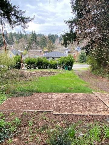 9736 46th Ave NE, Seattle, WA 98115 (#1596353) :: Hauer Home Team