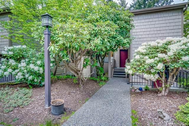 13730 15th Ave NE A-202, Seattle, WA 98125 (#1596490) :: Capstone Ventures Inc