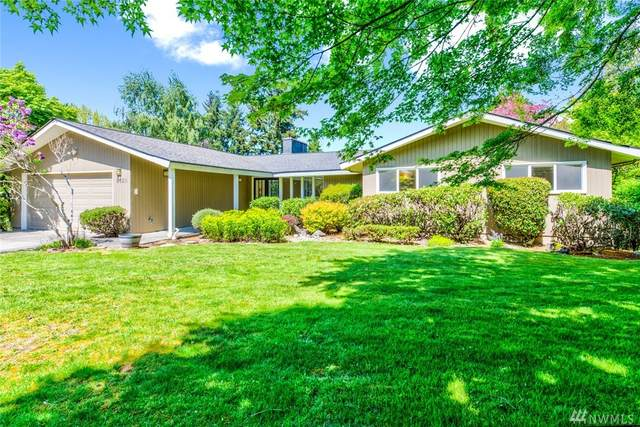 9620 NE 31st St, Clyde Hill, WA 98004 (#1596791) :: Real Estate Solutions Group