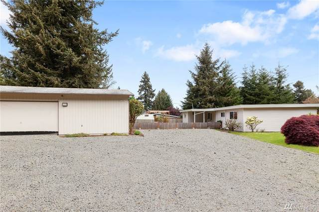 30175 12th Ave SW, Federal Way, WA 98023 (#1596882) :: Hauer Home Team
