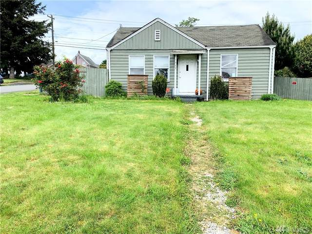 1303 Maple St, Everett, WA 98201 (#1597560) :: Real Estate Solutions Group