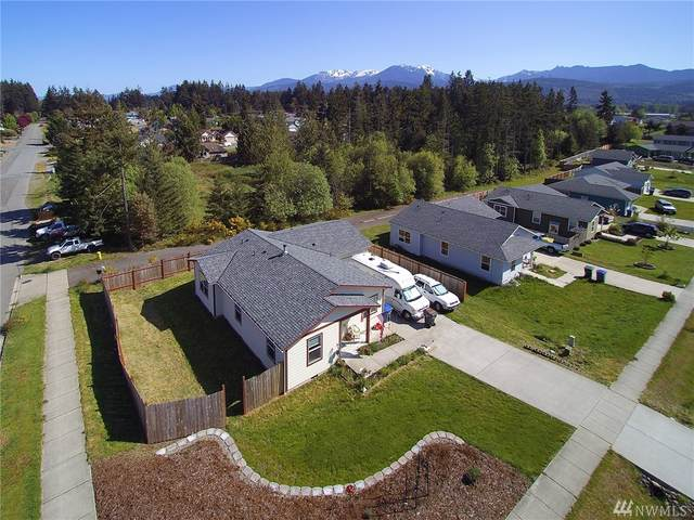 1401 Pendley Ct, Port Angeles, WA 98363 (#1598267) :: Capstone Ventures Inc