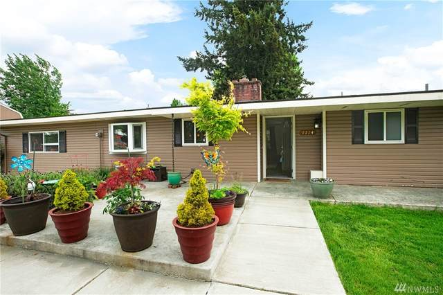 1114 12th Ave NW, Puyallup, WA 98371 (#1598301) :: Real Estate Solutions Group