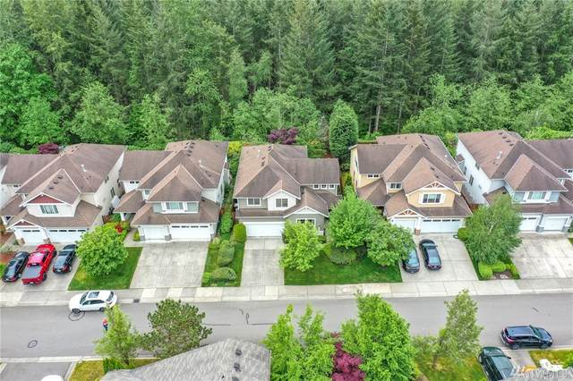 28059 Maple Ridge Wy SE, Maple Valley, WA 98038 (#1599982) :: Real Estate Solutions Group
