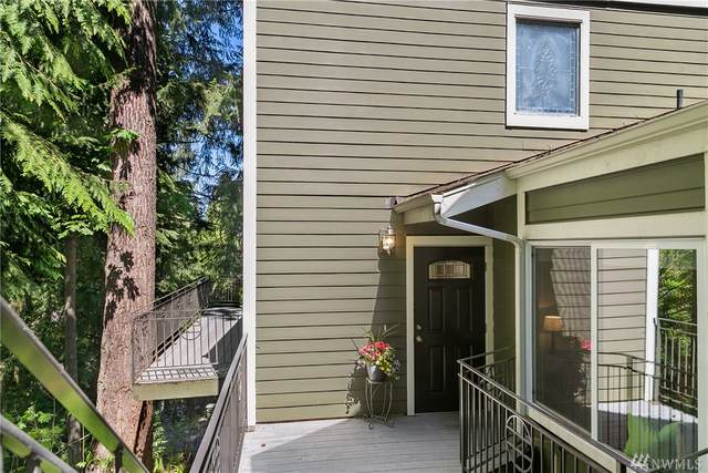 4251 SE 155th Place, Bellevue, WA 98006 (#1600422) :: The Kendra Todd Group at Keller Williams
