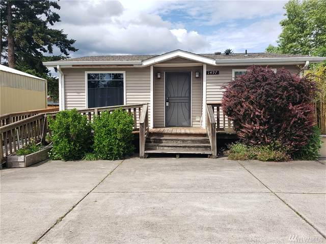 1497 E St, Washougal, WA 98671 (#1600862) :: Real Estate Solutions Group