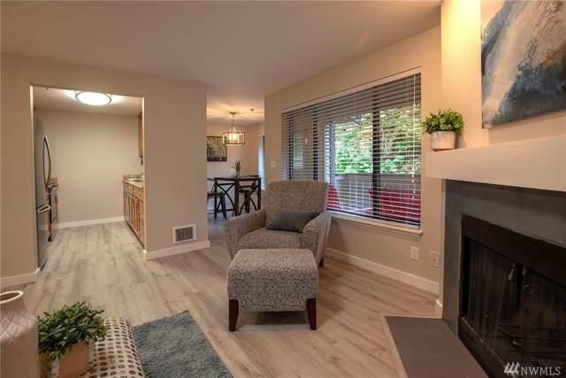 222 NE Dogwood St C303, Issaquah, WA 98027 (#1601104) :: McAuley Homes
