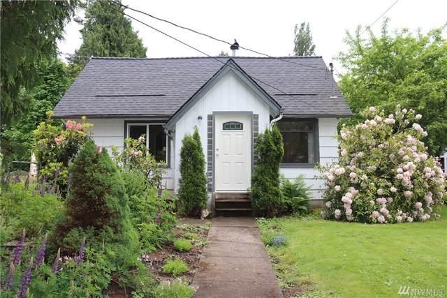 811 Hillcrest Dr, Longview, WA 98632 (MLS #1601276) :: Brantley Christianson Real Estate