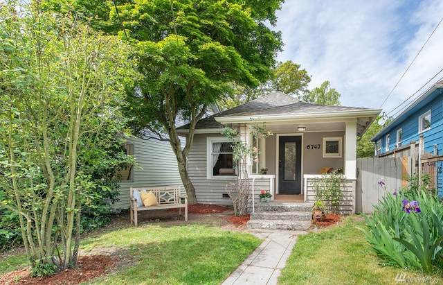 6747 7th Ave NW, Seattle, WA 98117 (#1601345) :: Hauer Home Team