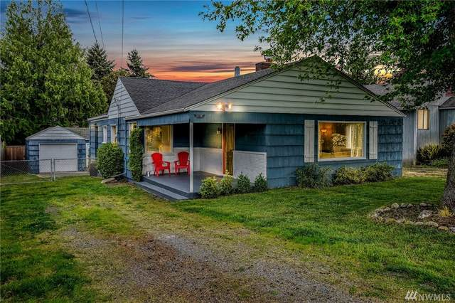 10050 39th Ave SW, Seattle, WA 98146 (#1601462) :: The Kendra Todd Group at Keller Williams