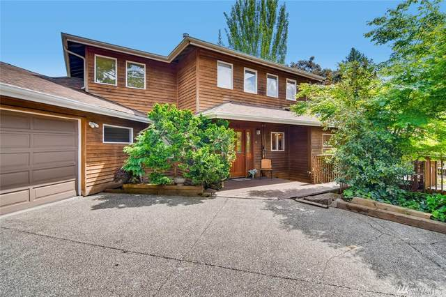 10028 Ashworth Ave N, Seattle, WA 98133 (#1601495) :: Real Estate Solutions Group