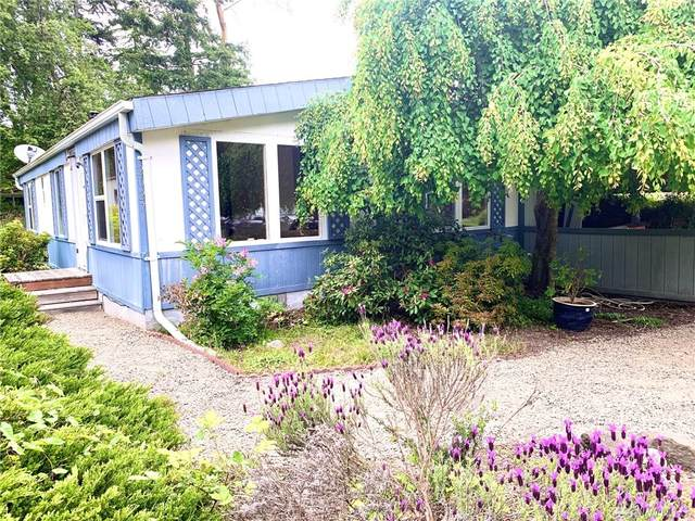 2027 Victoria Ave, Port Townsend, WA 98368 (#1601721) :: The Kendra Todd Group at Keller Williams