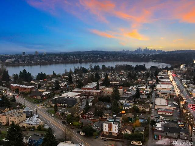 1119-B N 82nd St, Seattle, WA 98103 (#1602112) :: Real Estate Solutions Group