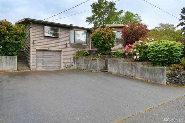 612 17th Ave SW, Puyallup, WA 98371 (#1602128) :: NW Homeseekers