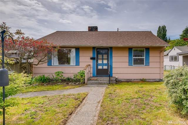 3009 SW Roxbury St, Seattle, WA 98126 (#1602269) :: The Kendra Todd Group at Keller Williams