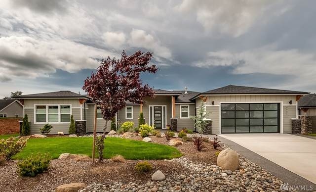 5951 April Lane, Ferndale, WA 98248 (#1602486) :: Real Estate Solutions Group