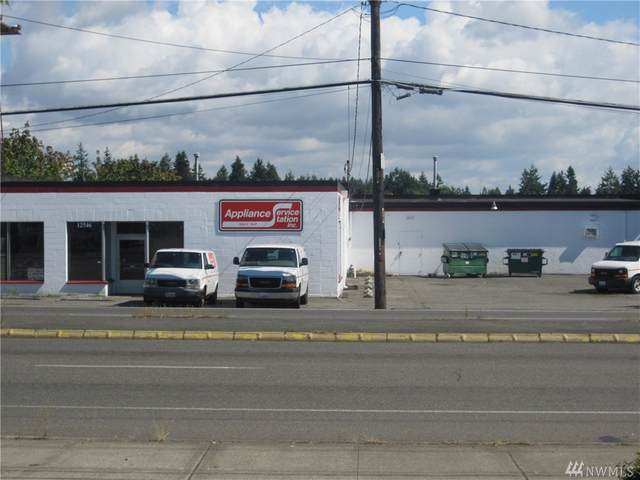 12546 Aurora Ave N, Seattle, WA 98133 (#1602757) :: Liv Real Estate Group