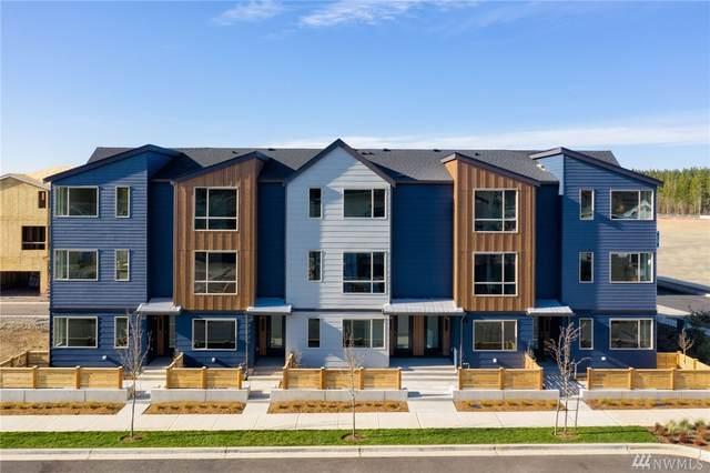 32700 Hemlock Ave SE, Black Diamond, WA 98010 (#1602936) :: Real Estate Solutions Group