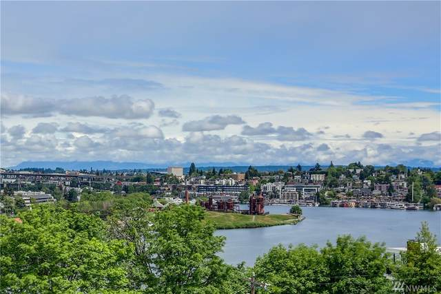 2565 Dexter Ave N #405, Seattle, WA 98109 (#1603029) :: Keller Williams Western Realty