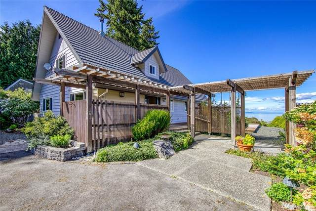11016 NE Mountain View Rd, Bainbridge Island, WA 98110 (#1603367) :: Real Estate Solutions Group