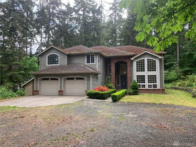 8806 Hudson Ct NE, Bainbridge Island, WA 98110 (#1603753) :: The Royston Team